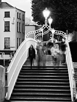 Ha'penny Bridge at Evening Time - Dublin by Barry O Carroll