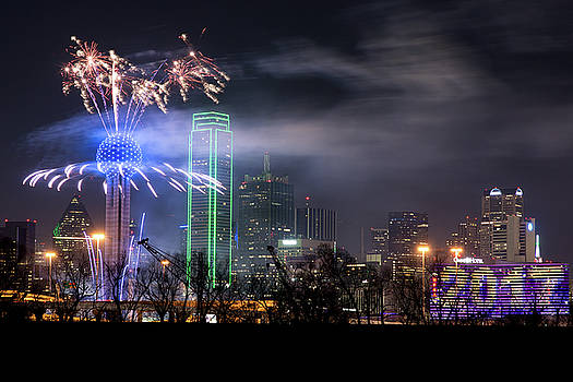 Happy New Year Dallas 2017 by Rospotte Photography