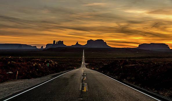 Randy Straka - Happy Trails Monument Valley, Utah