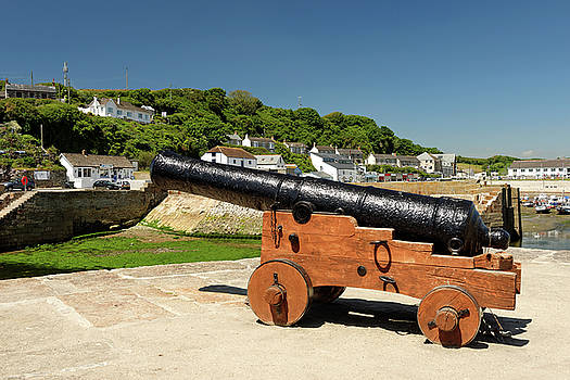 Harbour Gun - Porthleven by Rod Johnson