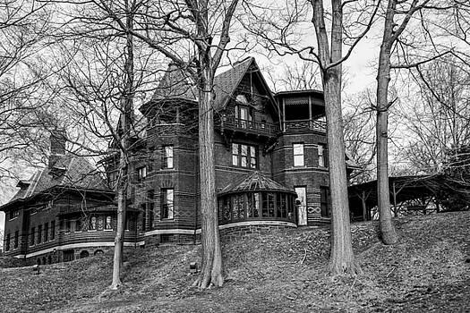 Karol Livote - Hartford Historical