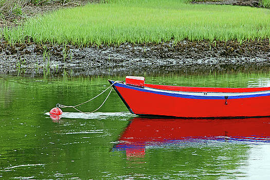 Harwich Rowboat by Jim Gillen