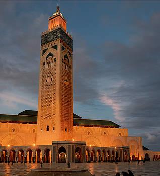 Reimar Gaertner - Hassan II Mosque and minaret in Casablanca Morocco at dusk
