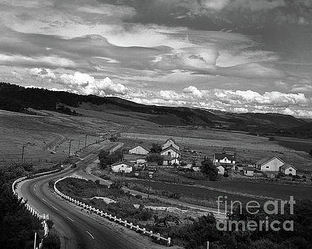 California Views Mr Pat Hathaway Archives - Hatton Ranch Carmel Valley from highway one California  1945