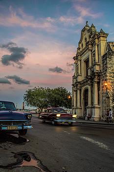 Havana's Glow by Jason Humbracht