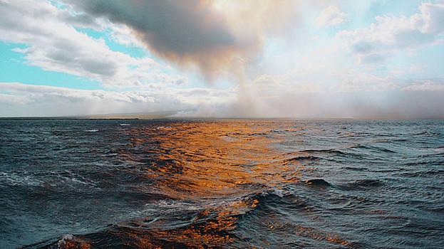 Hawaii by Lucian Capellaro