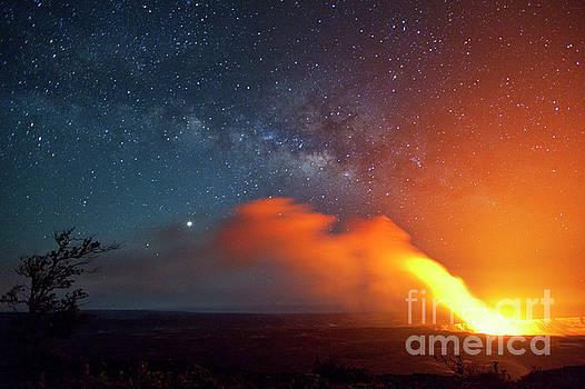 Charmian Vistaunet - Hawaii Volcano and Milky Way