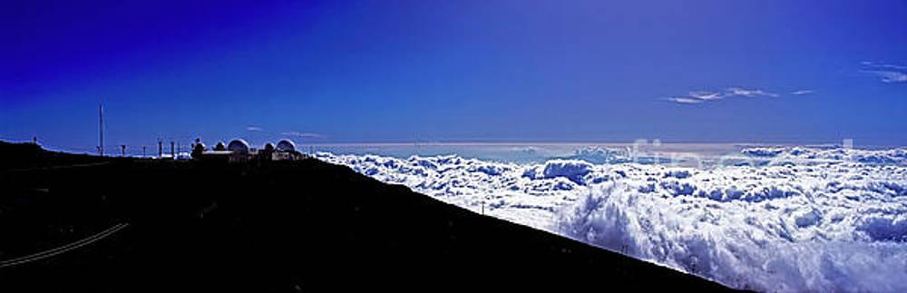 Hawain Islands Maui Haleakala Natl Park Crater Puu Ulaula Telesc by Tom Jelen