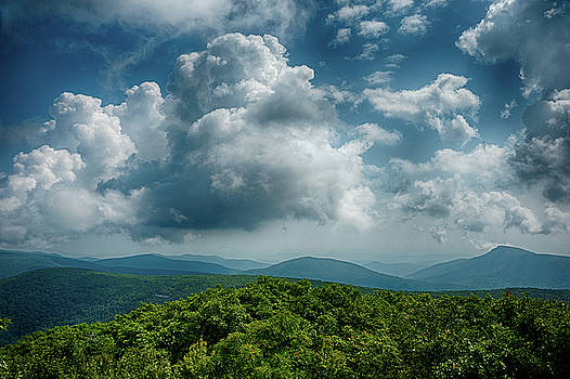 Hawksbill Mountain View III by Lara Ellis