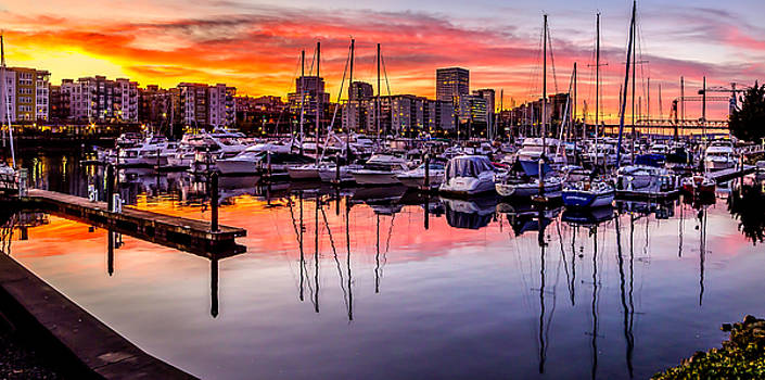 HDR Sunset on Thea Foss Waterway by Rob Green