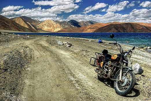 Rohit Chawla - Heading for the Blue - Pangong Lake