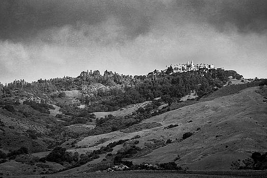 Mary Lee Dereske - Hearst Castle