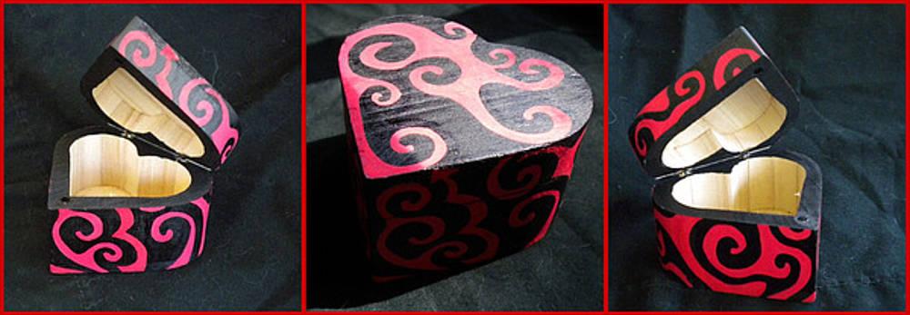 Mandy Shupp - Heart Box