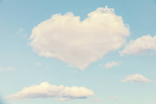 Heart In The Clouds by Debi Bishop