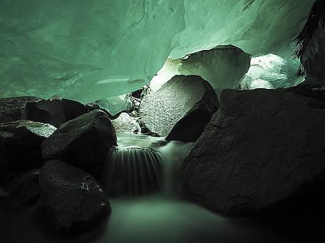 Ian Johnson - Heart of a Glacier