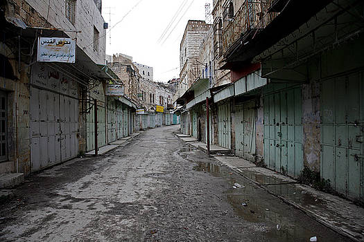 Hebron Ghost Town 04 by Jason Moore