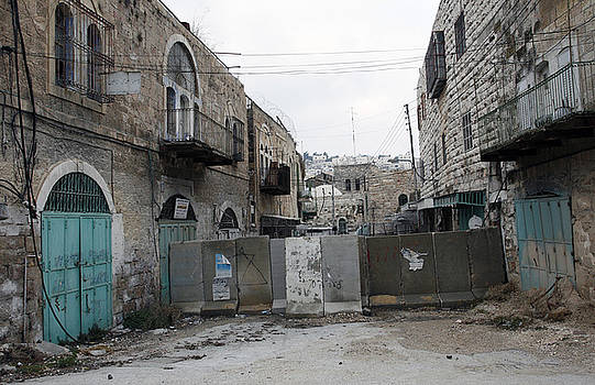 Hebron Ghost Town 06 by Jason Moore