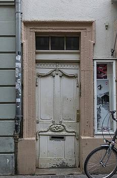 Heidelberg Door 14 by Teresa Mucha