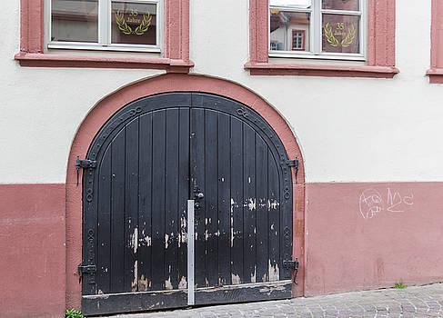 Heidelberg Door 15 by Teresa Mucha