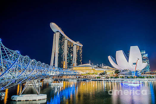Delphimages Photo Creations - Helix Bridge