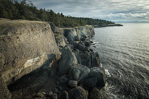 Helliwell Cliffs by Adam Gibbs