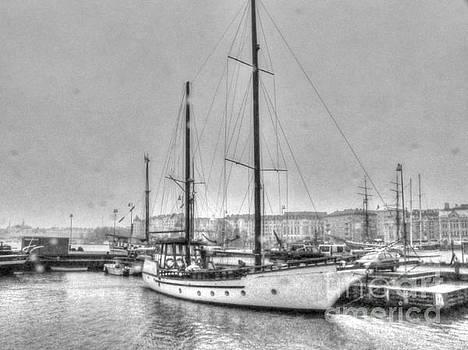 Helsinki port by Yury Bashkin