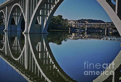 Henley Street Bridge by Douglas Stucky