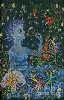 Her Caterpillar Majesty by Dawn Fairies