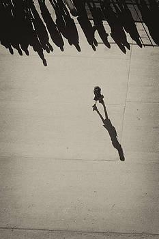 Her shadow by Hitendra SINKAR