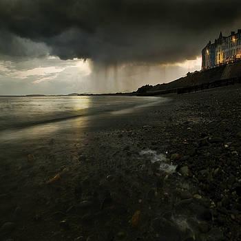 Angel  Tarantella - here comes the rain