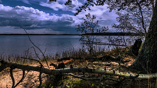 Heritage Lake by Melanie Janzen