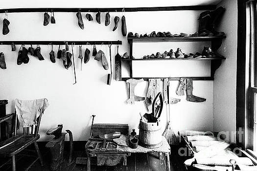 Heritage Shoemaker Shop by Colin Cuthbert