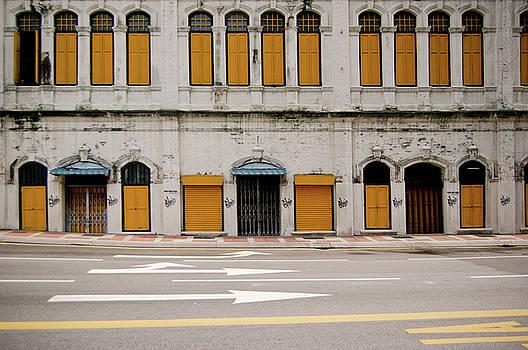 Heritage Street by Andrew Kow