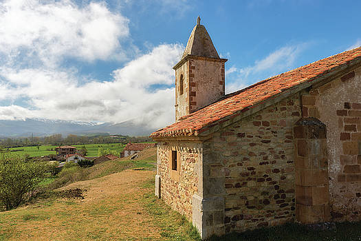 Hermitage and a Cantabrian landscape by Vicen Photography