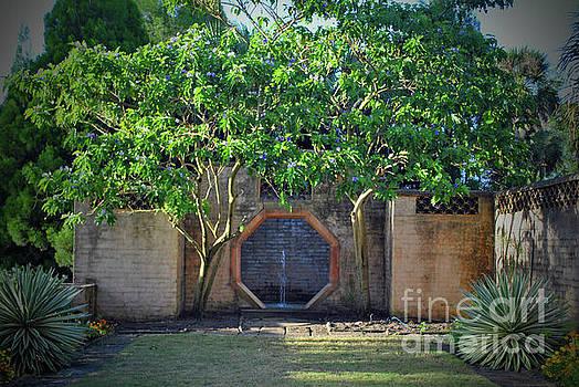 Jost Houk - Hexagon Garden