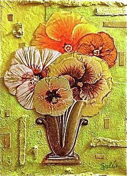 Hibiscus Vase by Sydney Solis