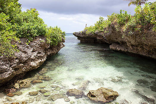 Ramunas Bruzas - Hidden Beach