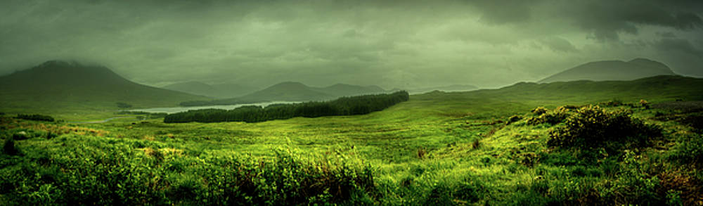 Highland Tranquility  by Andrew Matwijec