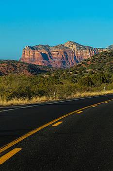 Highway 179 Toward Sedona by Ed Gleichman