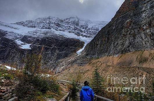 Wayne Moran - Hiking Mount Edith Cavell Jasper National Park