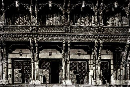 Hindu Cultural Center by Joseph Hollingsworth