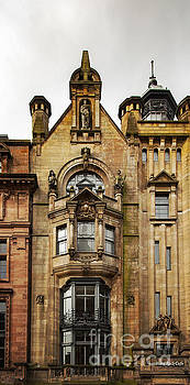 Sophie McAulay - Historic building Glasgow