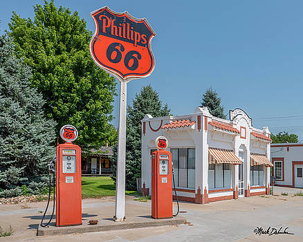 Historic Phillips 66 Gas Station by Mark Dahmke