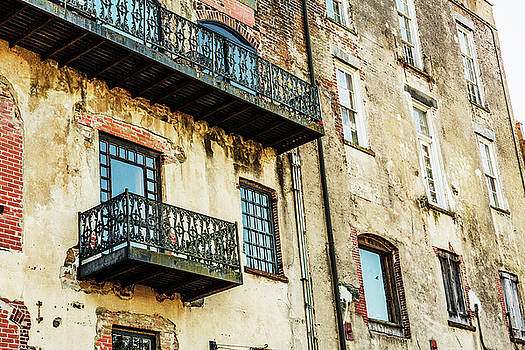 Historic Savannah Building by Carol Mellema