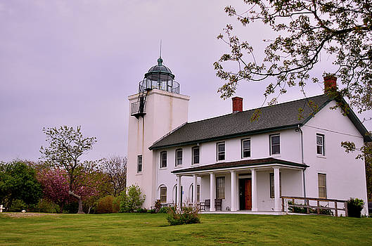 Histotic Horton Point Lighthouse by Linda C Johnson