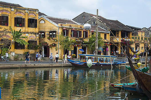 Hoi An On The River by Rob Hemphill
