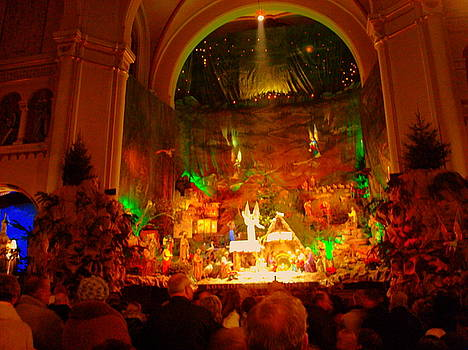 Holiday decor in the Basilica by Henryk Gorecki