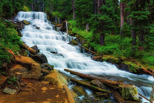 Holloway Falls by Nebojsa Novakovic