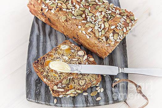 Sophie McAulay - Homemade spelt bread