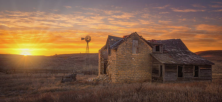 Homestead Sunrise by Darren White